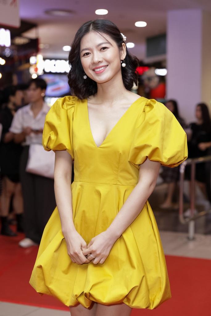 Khả Như, Kiều Minh Tuấn cùng sao Việt hội tụ trên thảm đỏ phim Nắng 3 - Ảnh 3.