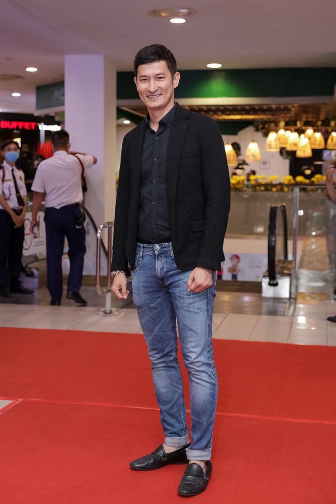 Khả Như, Kiều Minh Tuấn cùng sao Việt hội tụ trên thảm đỏ phim Nắng 3 - Ảnh 15.
