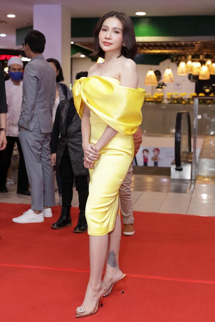 Khả Như, Kiều Minh Tuấn cùng sao Việt hội tụ trên thảm đỏ phim Nắng 3 - Ảnh 1.