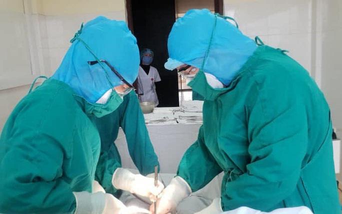 Sản phụ đang cách ly do Covid-19 ở Hà Nội sinh con 3,1 kg - Ảnh 1.
