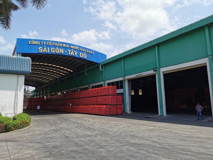 Hệ thống bia Sài Gòn giảm doanh thu do ảnh hưởng dịch Covid-19 - Ảnh 1.