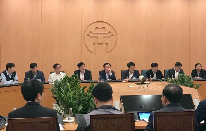 CLIP: Chủ tịch Hà Nội Nguyễn Đức Chung thông báo ca Covid-19 thứ 17 - Ảnh 3.