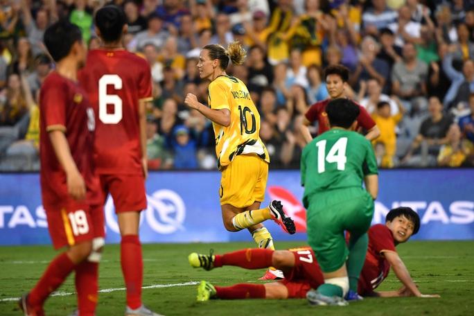 Tuyển nữ Việt Nam bị Úc đè bẹp 5 bàn không gỡ - Ảnh 5.