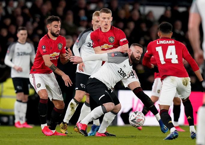 Quật ngã đội bóng của Rooney, Man United vào tứ kết FA Cup - Ảnh 1.