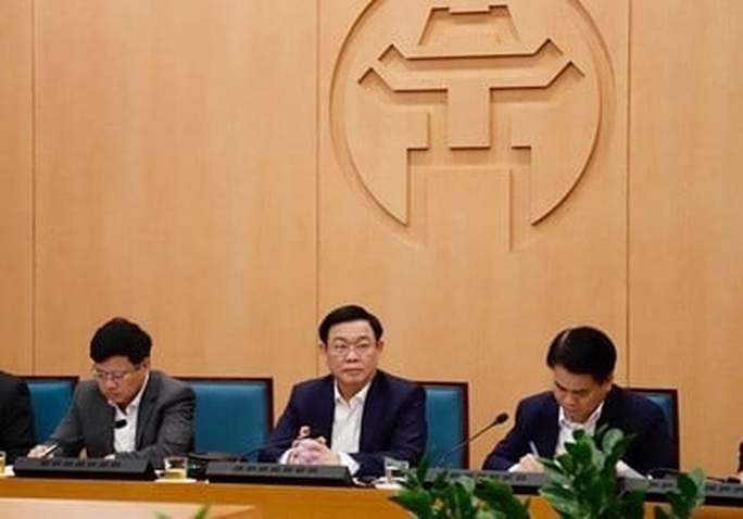 Bí thư Vương Đình Huệ: Hà Nội cung cấp đủ thực phẩm, người dân không nên mua tích trữ - Ảnh 2.