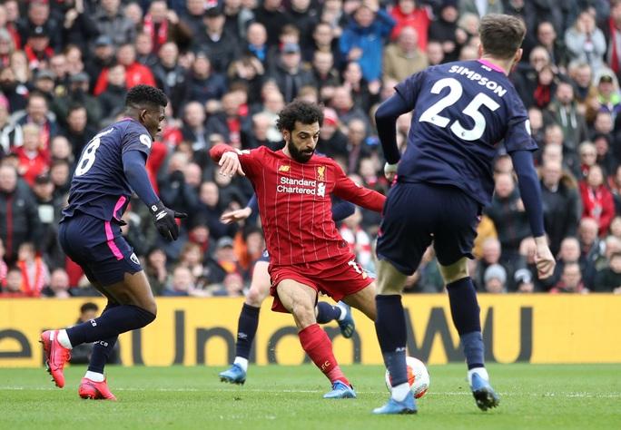 Liverpool giải cơn hạn bàn thắng, sao Ai Cập chạm mốc kỷ lục - Ảnh 2.