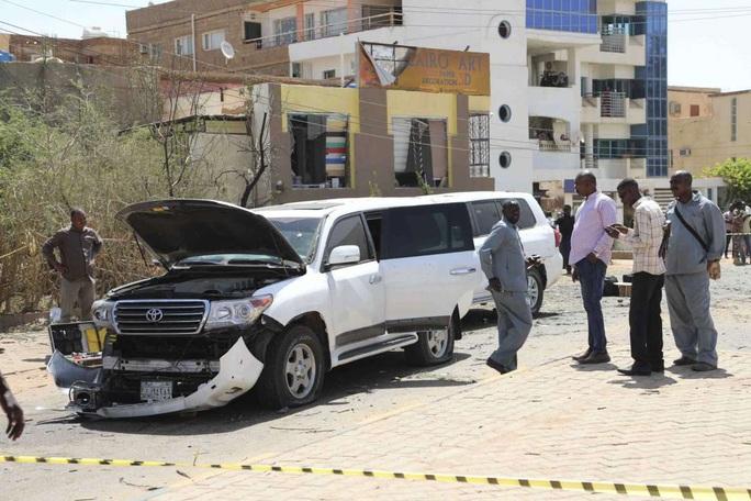 """Thủ tướng Sudan bị """"ám sát hụt"""" - Ảnh 5."""
