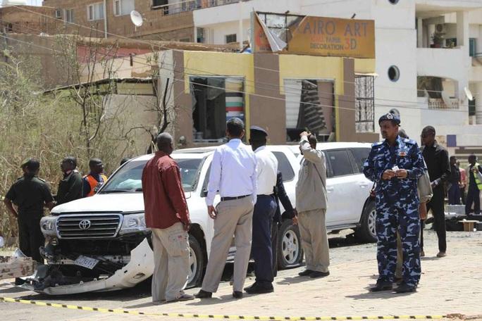 """Thủ tướng Sudan bị """"ám sát hụt"""" - Ảnh 4."""