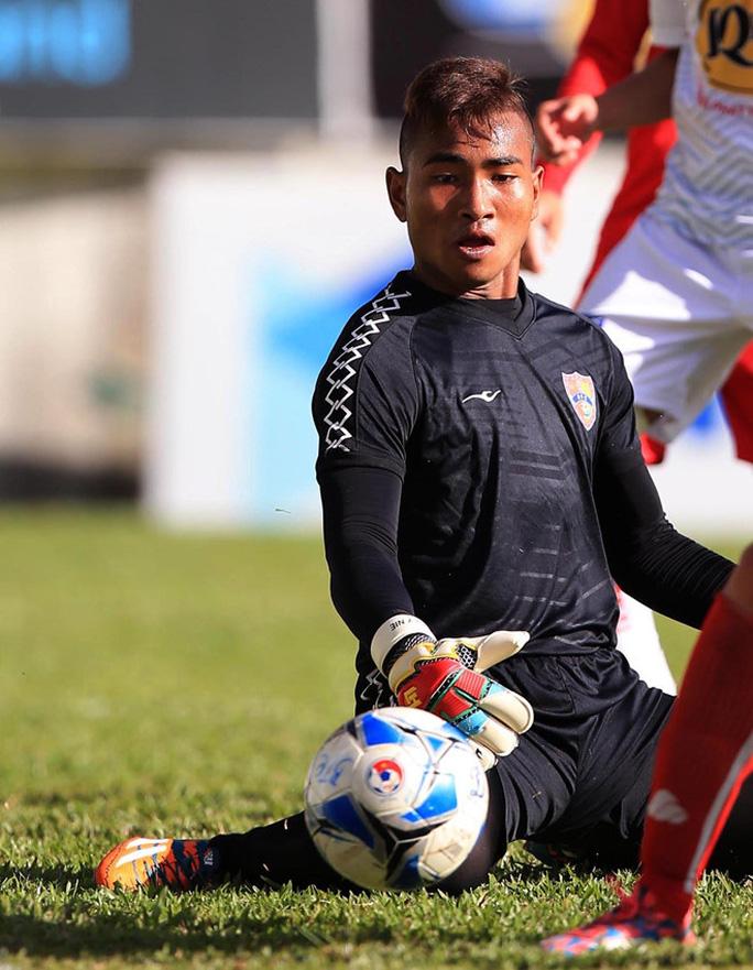 U19 Bình Định đứng chót bảng sau khi bị phạt nặng - Ảnh 2.