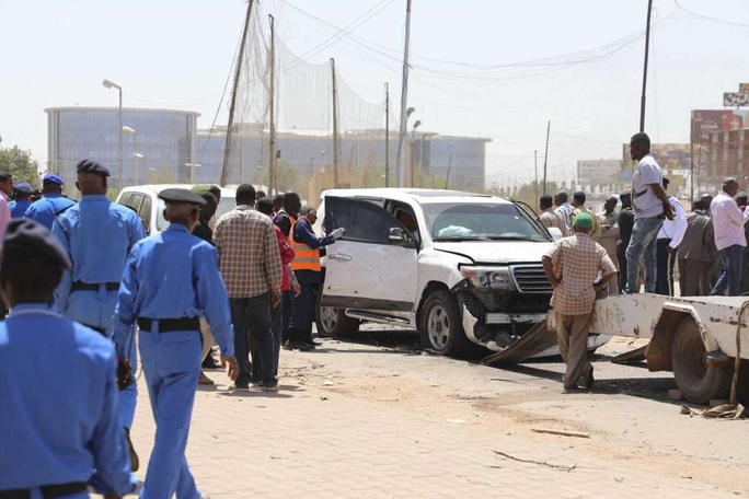 """Thủ tướng Sudan bị """"ám sát hụt"""" - Ảnh 2."""