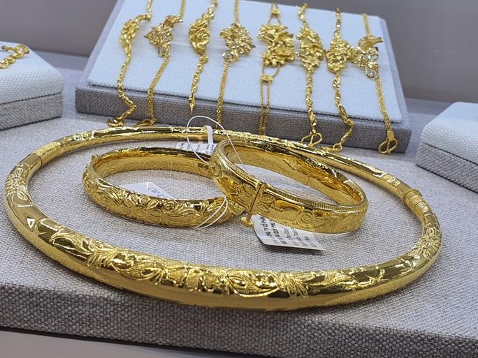 Giá vàng SJC lại tăng vọt lên 48 triệu đồng/lượng - Ảnh 1.