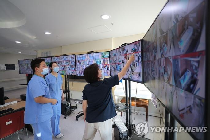 Covid-19: Số ca nhiễm mới tiếp tục giảm ở Hàn Quốc - Ảnh 1.