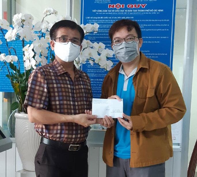 Hỗ trợ 595 cán bộ, giáo viên khó khăn do dịch bệnh - Ảnh 1.