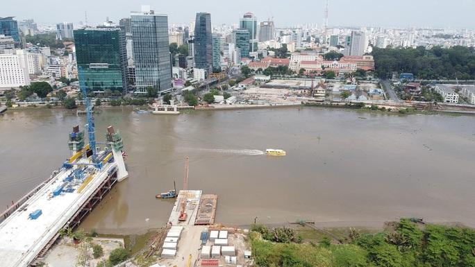 Nhìn từ trên cao, công trình cầu Thủ Thiêm 2 ở TP HCM hiện thế nào? - Ảnh 8.