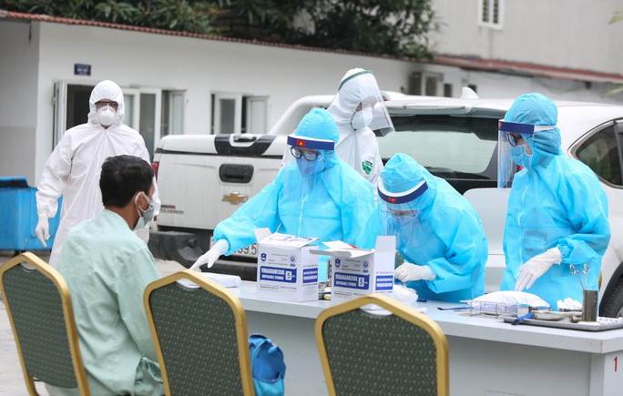Xét nghiệm toàn bộ y bác sĩ, bệnh nhân Bệnh viện thận Hà Nội liên quan đến ca Covid-19 số 254 - Ảnh 10.