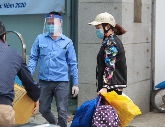 Xét nghiệm toàn bộ y bác sĩ, bệnh nhân Bệnh viện thận Hà Nội liên quan đến ca Covid-19 số 254 - Ảnh 16.