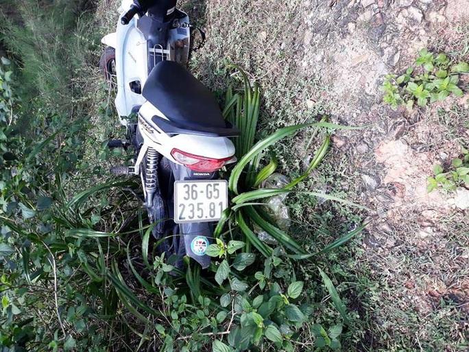 Nam phượt thủ 25 tuổi đi xe máy gặp tai nạn tử vong bên đường - Ảnh 2.