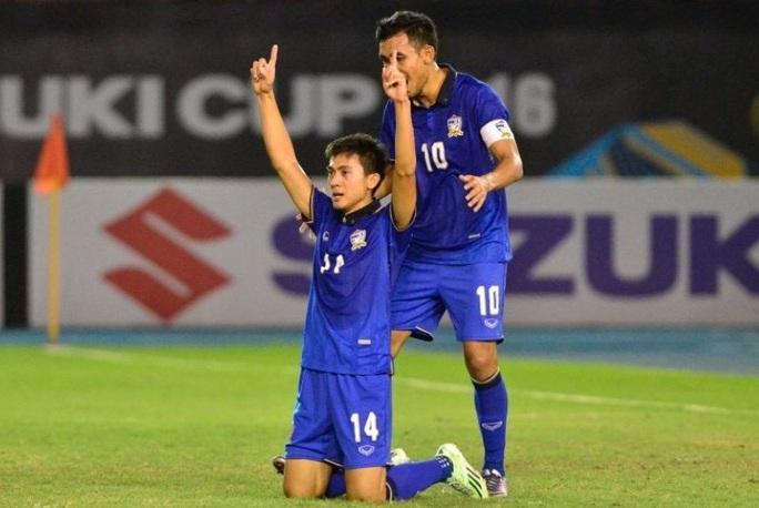 Ngôi sao Thái Lan từng hạ tuyển Việt Nam 3-0 đang bỏ trốn xã hội đen là ai? - Ảnh 2.