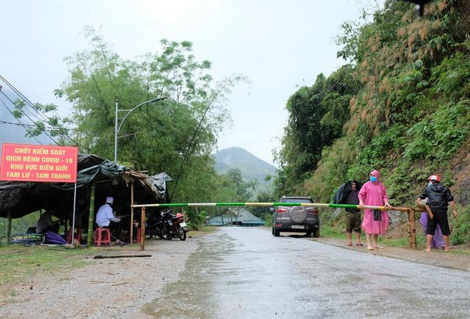 Yêu cầu không mời người tỉnh ngoài tới Thanh Hóa để phòng chống dịch Covid-19 - Ảnh 1.