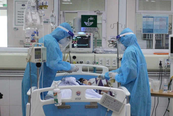 Bệnh nhân Covid-19 rất nặng số 19 hồi phục vượt tưởng tượng - Ảnh 1.