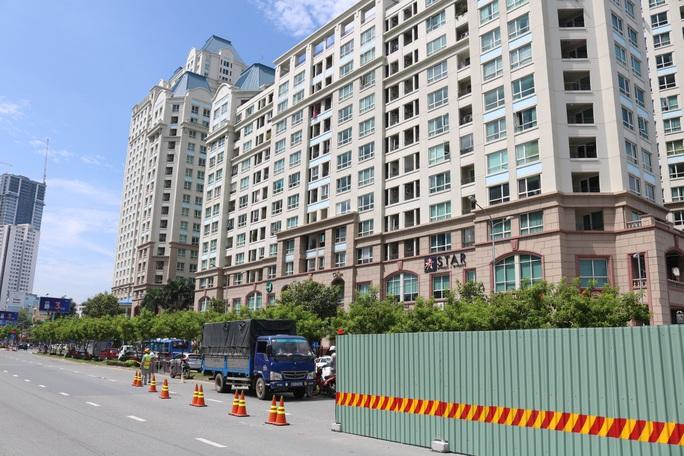 Thi công sửa chữa rốn ngập Nguyễn Hữu Cảnh bị đánh giá rất  chậm - Ảnh 2.