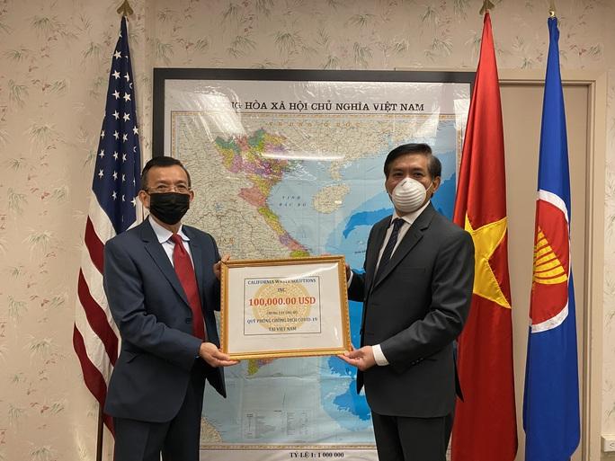 Việt kiều Mỹ ủng hộ phòng chống dịch Covid-19 ở Việt Nam - Ảnh 1.