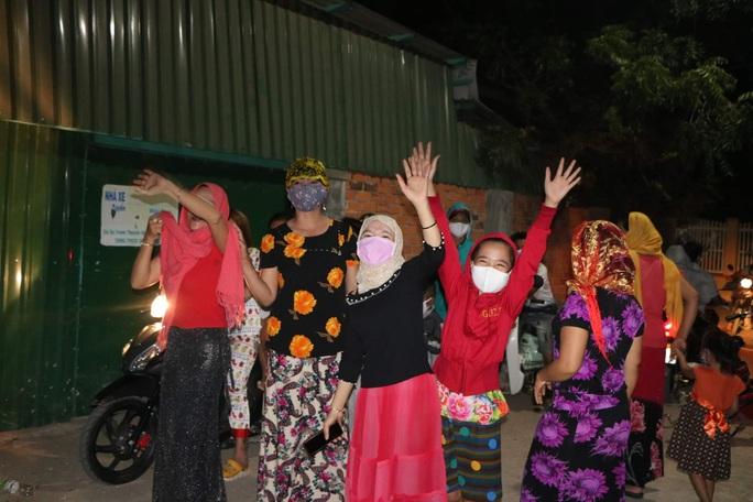 Ninh Thuận: Thôn Văn Lâm 3 tràn niềm vui khi được tháo dỡ phong tỏa - Ảnh 1.