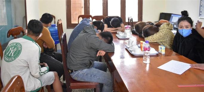 Hàng chục nam, nữ thuê khách sạn để chơi ma túy giữa mùa dịch covid-19 - Ảnh 2.