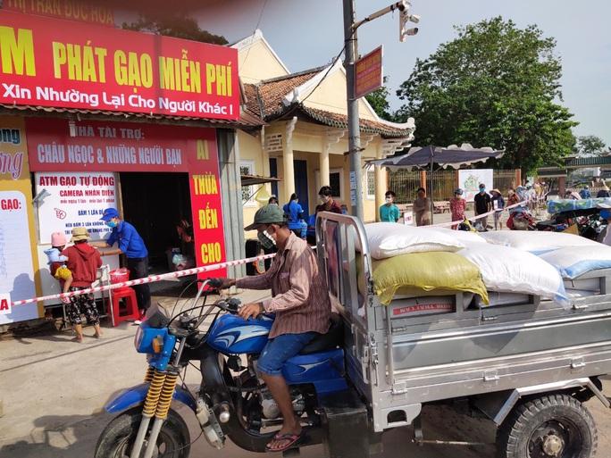 ATM gạo đã có mặt tại Cần Thơ, Long An - Ảnh 8.