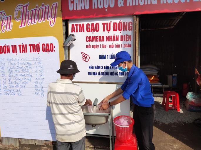 ATM gạo đã có mặt tại Cần Thơ, Long An - Ảnh 9.