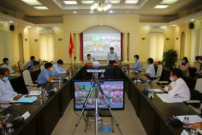 Thực hiện chưa nghiêm Chỉ thị của Thủ tướng, 6 chủ tịch cấp huyện bị phê bình - Ảnh 3.