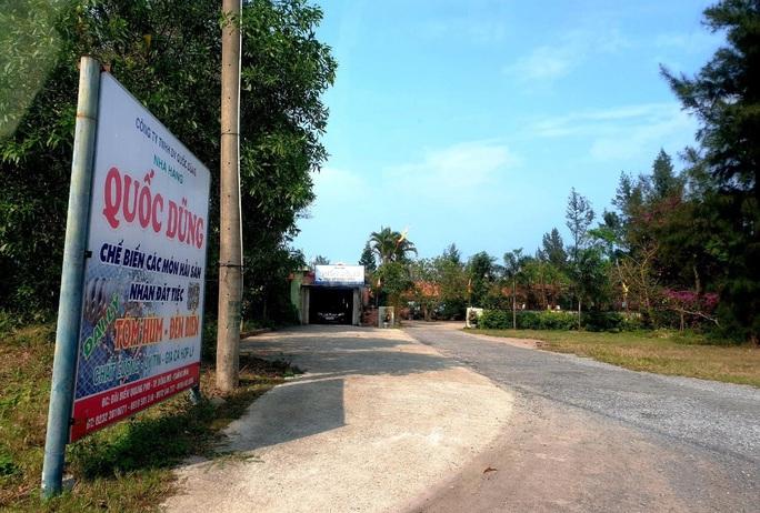 Quảng Bình: Thành phố nương tay, 6 nhà hàng lấn  11.000m2 đất vàng ven biển - Ảnh 2.