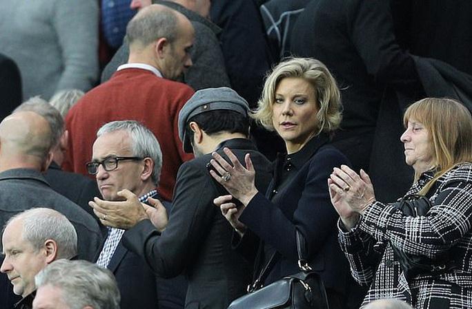 Thương vụ 300 triệu bảng Newcastle sẽ sụp đổ vì... 80 bảng? - Ảnh 6.
