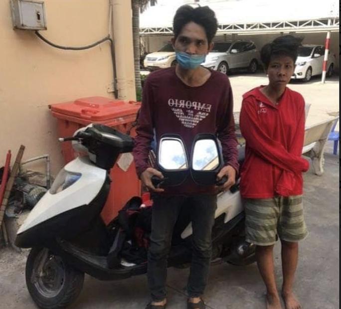 Công an TP HCM bắt nóng cặp đôi chuyên bẻ trộm kính ôtô - Ảnh 1.