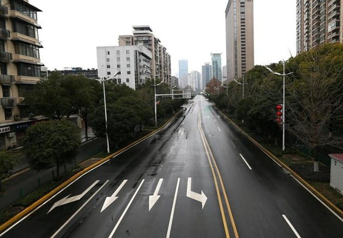 Lang bạt 3 tháng xứ người, đội bóng Vũ Hán cay mắt trở về quê hương - Ảnh 4.