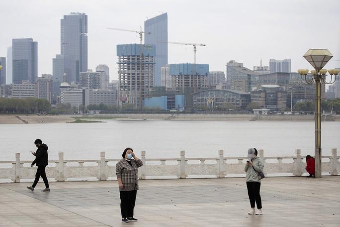 Covid-19: Trung Quốc tái phong tỏa một huyện ở Hà Nam - Ảnh 1.