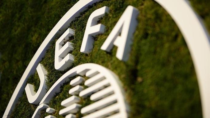 Chính thức: UEFA hoãn vô thời hạn Champions League và Europa League, nhưng...  - Ảnh 1.