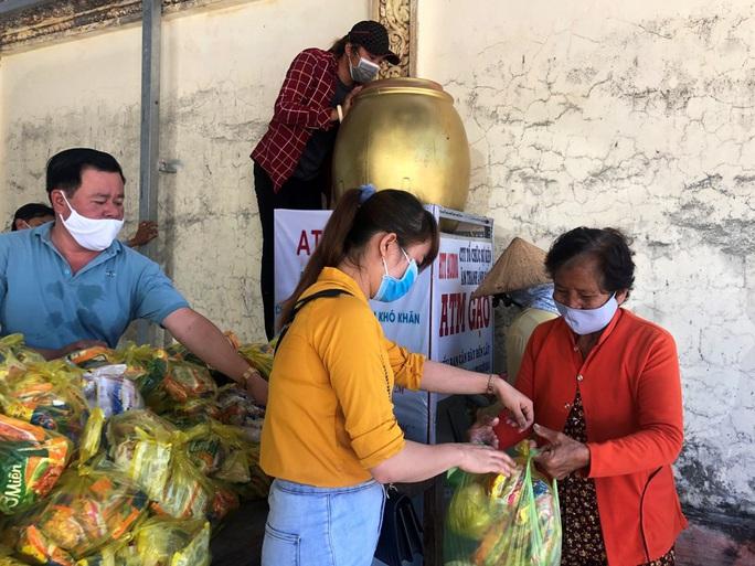 """""""ATM gạo"""" giúp mát lòng người nghèo vùng hạn mặn ở Cà Mau, Bạc Liêu và Kiên Giang - Ảnh 28."""