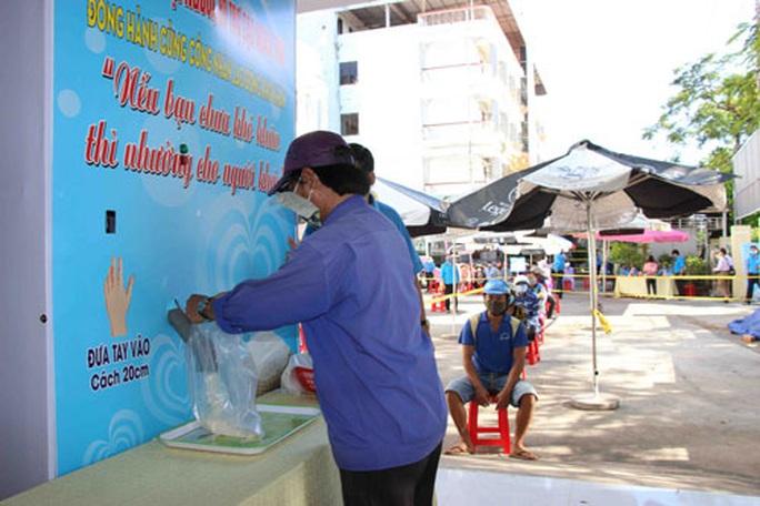 Thêm ATM gạo hỗ trợ người lao động khó khăn - Ảnh 2.