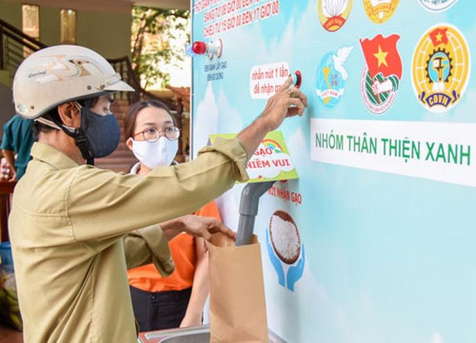 Thêm ATM gạo hỗ trợ người lao động khó khăn - Ảnh 1.