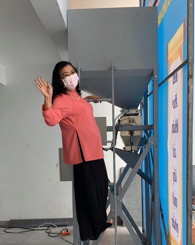 NSND Kim Cương hỗ trợ người nghèo hạt gạo yêu thương - Ảnh 3.