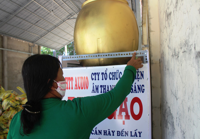 """""""ATM gạo"""" giúp mát lòng người nghèo vùng hạn mặn ở Cà Mau, Bạc Liêu và Kiên Giang - Ảnh 18."""