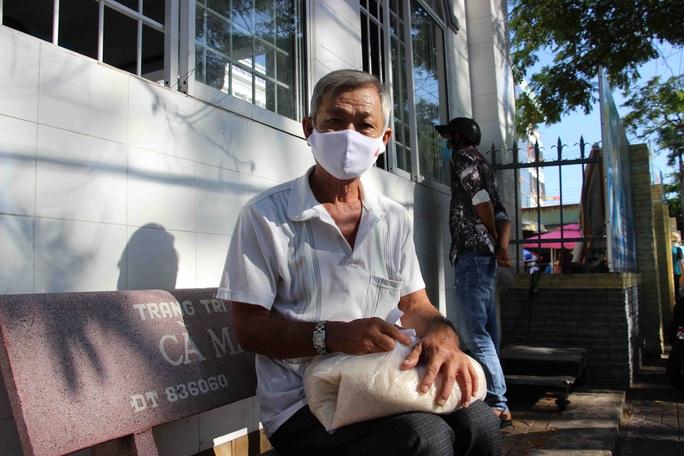 """""""ATM gạo"""" giúp mát lòng người nghèo vùng hạn mặn ở Cà Mau, Bạc Liêu và Kiên Giang - Ảnh 3."""
