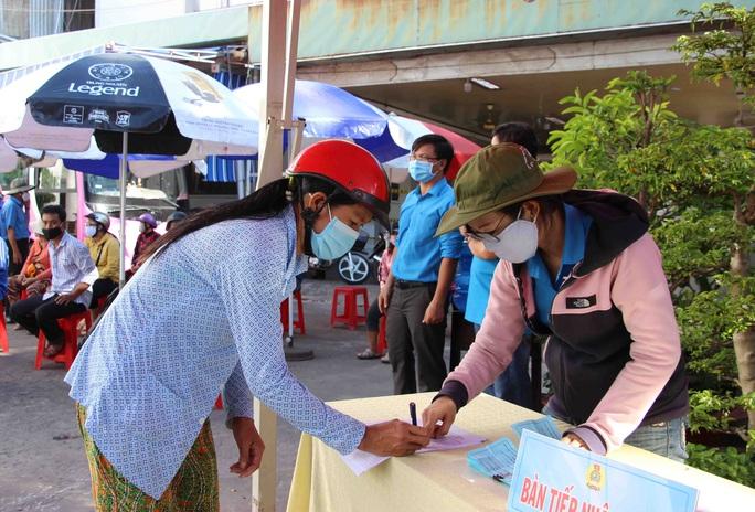 """""""ATM gạo"""" giúp mát lòng người nghèo vùng hạn mặn ở Cà Mau, Bạc Liêu và Kiên Giang - Ảnh 8."""