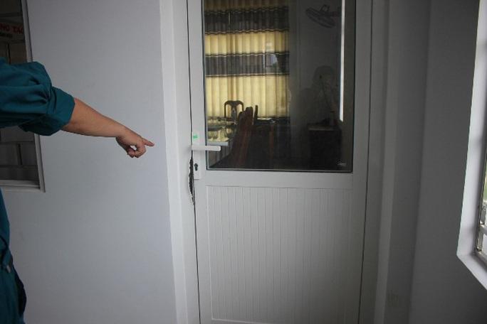 Phòng của nhiều sếp cấp huyện ở Quảng Nam bị trộm viếng - Ảnh 1.