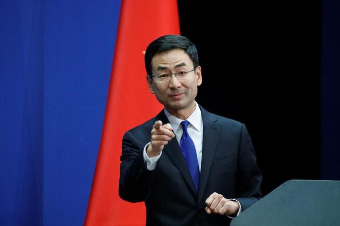 """Covid-19: Trung Quốc yêu cầu Mỹ """"ngừng đổ lỗi"""", nói mình cũng là nạn nhân - Ảnh 1."""