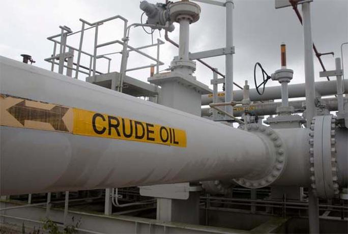 Vì sao dầu thô Mỹ rớt giá điên rồ? - Ảnh 1.