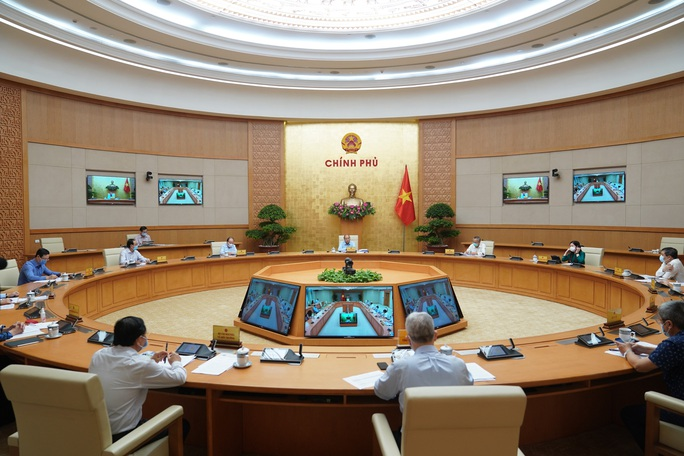 Thủ tướng nói rõ vì sao có chủ trương xuất khẩu gạo có kiểm soát - Ảnh 2.