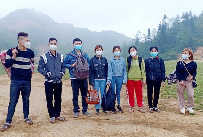 8 người nhập cảnh Hà Giang trái phép từ Trung Quốc - Ảnh 1.