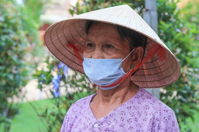 Báo Người Lao Động khai trương ATM thực phẩm miễn phí thứ 2 - Ảnh 9.